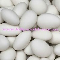 sugar almonds white